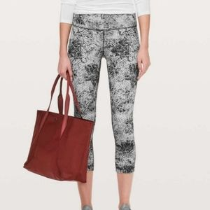 Lululemon S4 wunder under capris